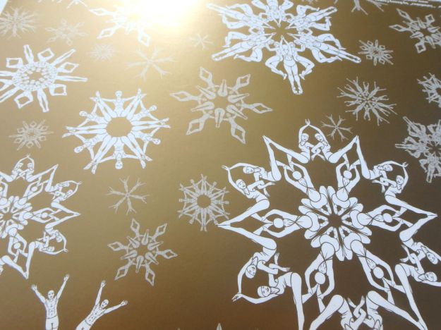 Swimflakes gold wrapping paper